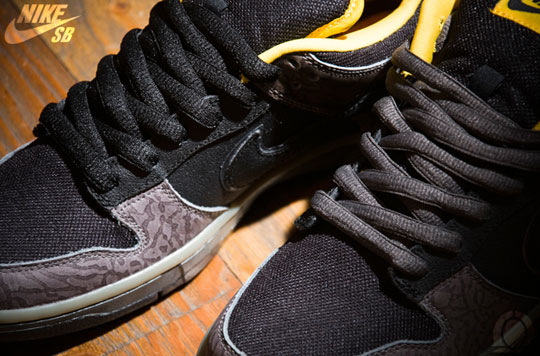 nike-sb-dunk-yellow-curb-sneakers-4.jpg