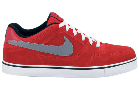 nike-sb-september-2010-full-look-3.jpg