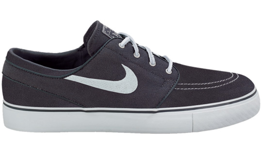 nike-sb-september-2010-full-look-5.jpg