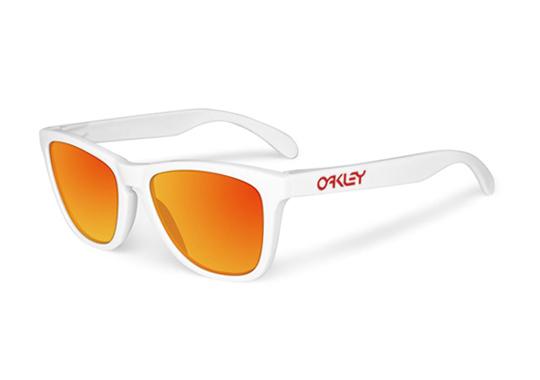 oakley-frogskin-summer-2012-2.jpg