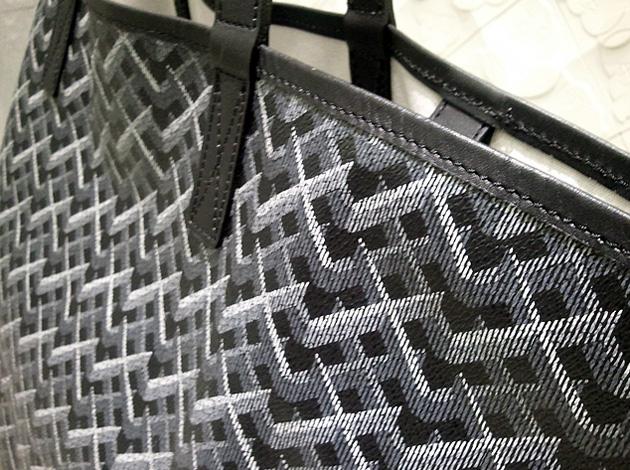original-fake-xp-tote-bag-1.jpg