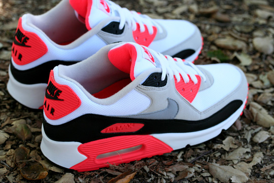 primitive-nike-am90-infrared-pack-2.jpg