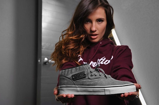 primitive-x-vans-cable-knit-half-cab-1.jpeg