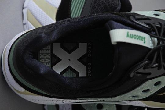 sneaker-freaker-x-saucony-grid-9000-5.jpeg