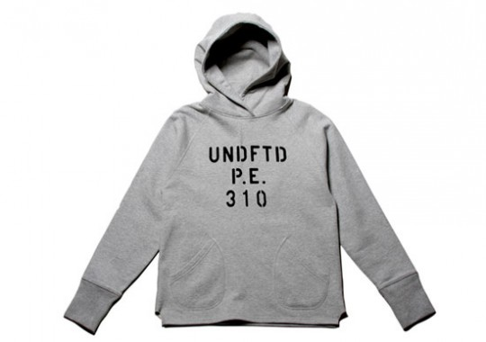 undefeated-fall-2010-collection-03-540x380.jpg