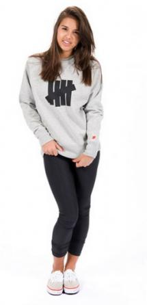 undefeated-fall-2010-collection-lookbook-4-260x540_convert_20100912095530.jpg