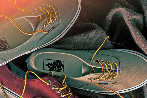 vans-classic-2011-holiday-10-oz-canvas-pack-1.jpg