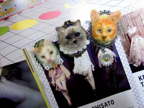猫ブローチ大阪帰還組
