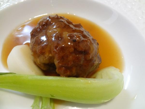 獅子頭団子(手作り肉団子)青菜添え