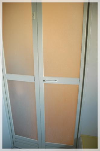 浴槽ドアの持ち手2