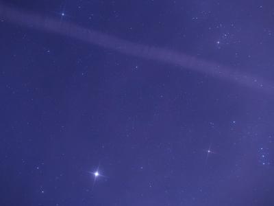 P1079139木星オリオンと飛行機雲