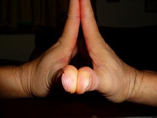指ストレッチ2