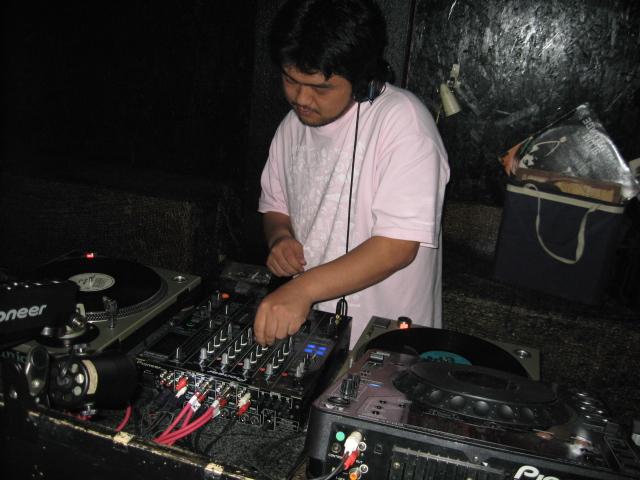 DJ TA-1