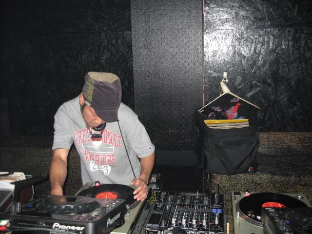 DJ MANABOO