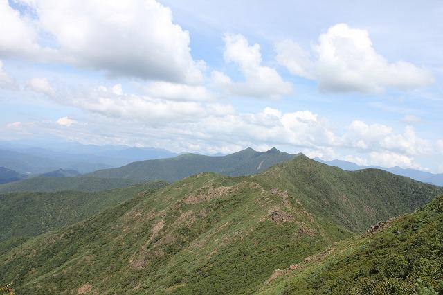日高の山々 (2)