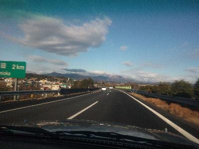 上信越道から見える山'11