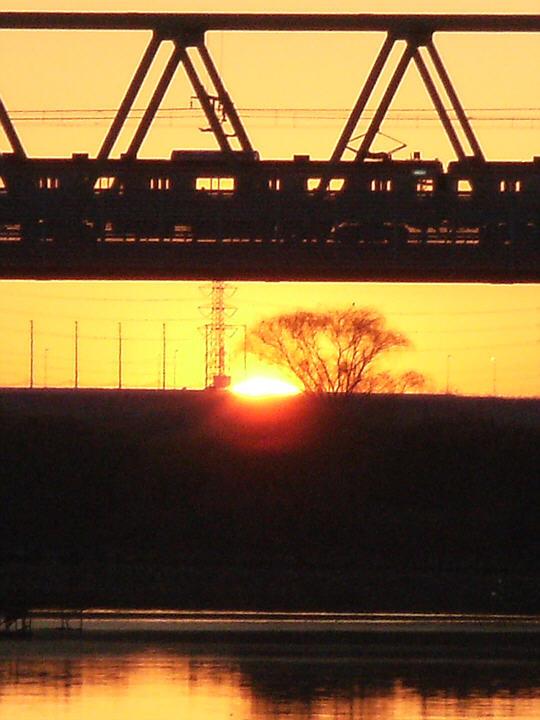 2011年の初日の出(秋ヶ瀬橋)
