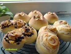 ツナマヨコーン、オレンジチョコ、ベーコンチーズパン