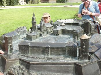 クラクフ ヴァヴェル城の石の模型