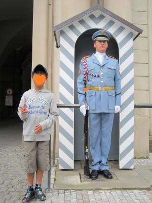 チェコ プラハ 衛兵