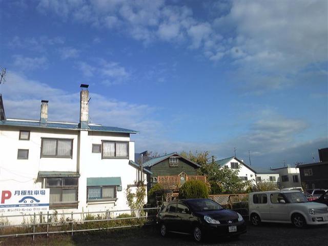 SH370469_R.jpg