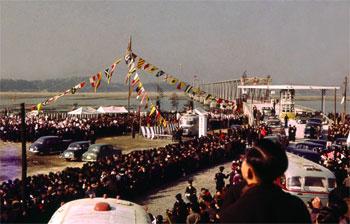 開通式直前の衣浦大橋