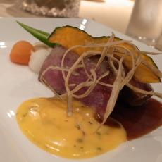 肉料理 国産牛ロース肉ステーキ