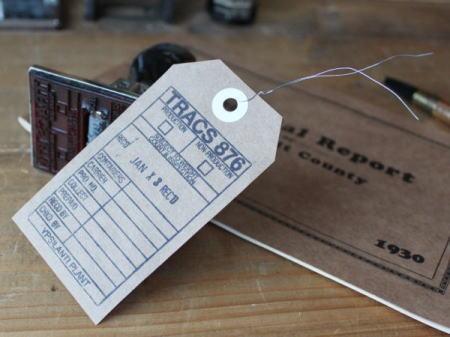 アメリカ ヴィンテージのオフィス雑貨 スタンプでタグを作成 2010/08/31