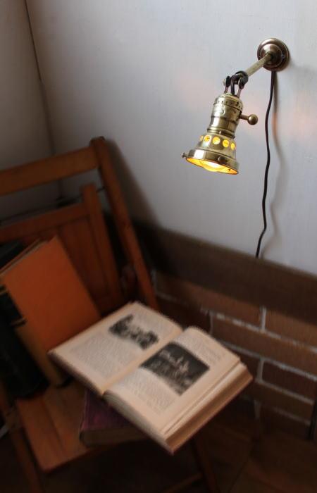 角度調整ギャラリー真鍮ソケット工業系壁掛ライト/アンティーク 2011/02/28