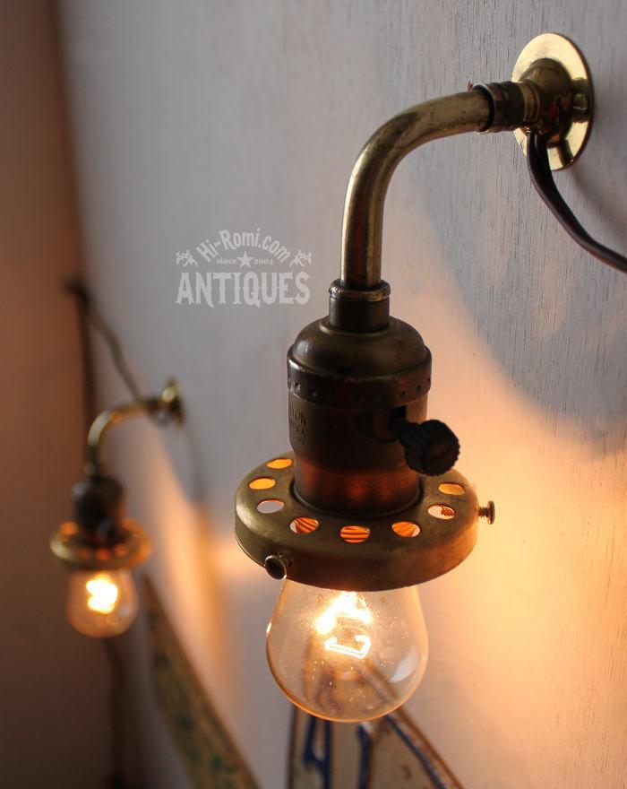 工業系ギャラリー付真鍮壁掛ソケットライトA/アンティークランプ 2011/03/14