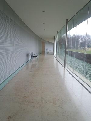 美術館 001