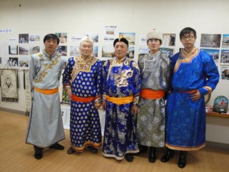 11月5日 催事の日 工大の内モンゴル留学生たちと