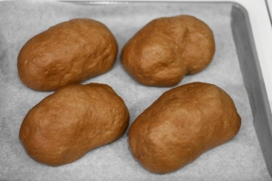 電子レンジとホームベーカリーで焼き芋パン13