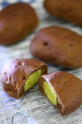 電子レンジとホームベーカリーで焼き芋パン