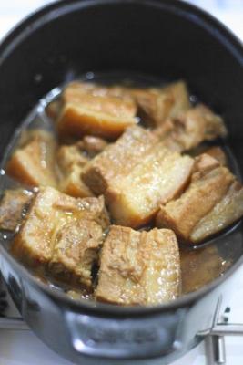 琉球豚のラフテー・ココット仕立て