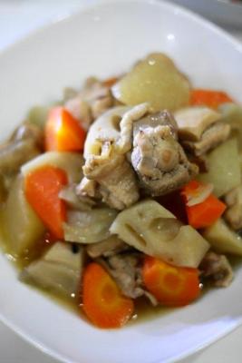 鶏肉と根菜と旨煮3