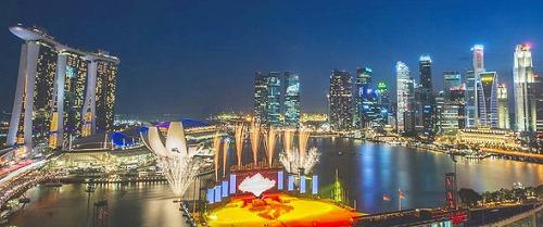 シンガポール216