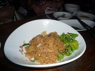 モンスーンカフェ(パイナップルと叉焼のチャーハン)