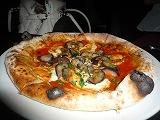 &(スカルモルツァとズッキーニのピザ)