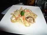 PastaCoh(椎茸とサーモンのクリームソース)