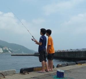 熱海釣り中2