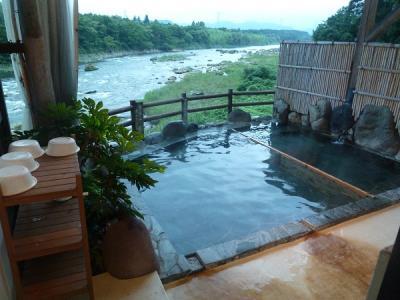 川霧の湯風呂場