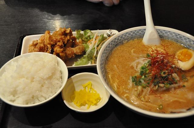 DSC_1379 新・味噌Ⅱ 700円+ 麺(大)100円+唐揚げセット350円