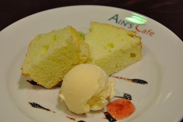 DSC_1466 十皿目 気まぐれシフォンケーキ、、気まぐれシフォンケーキ、バニラアイス