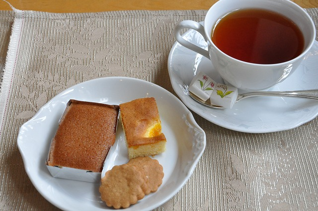 DSC_1725 焼き菓子と和紅茶