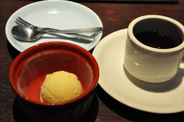 DSC_0092 バニラアイス、 無料のコーヒー