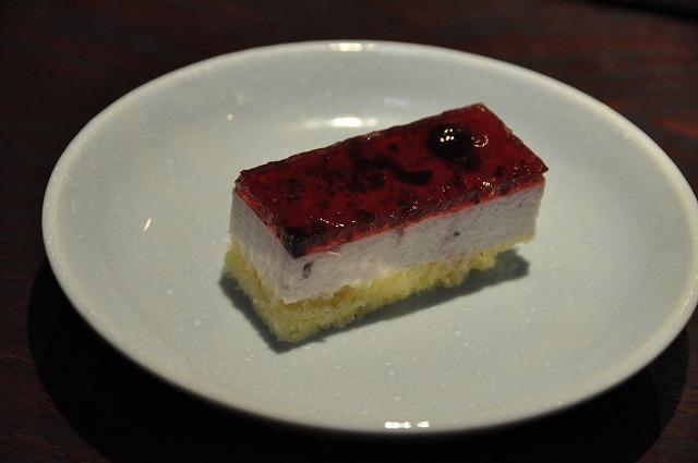 DSC_0127 ブルーベリーケーキ