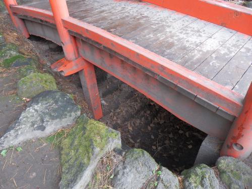 埋まった階段