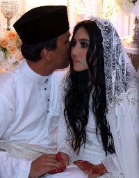 Pernikahan EllaAzhar 1