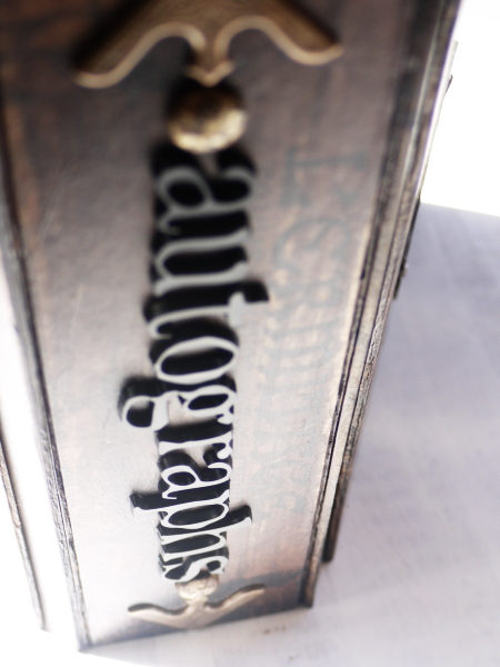 BookA-12.jpg